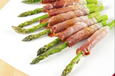 The dinette teller 22 asparagus the spring table king cook asparagus rolls ccuart Image collections