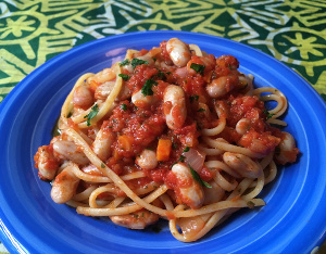 linguine_beans_sauce_recipe_taste_with_gusto_ready_dish_detail300