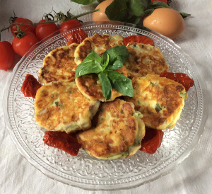 fritters with herbs, vegetables, and sundried tomatoes_plate5_300