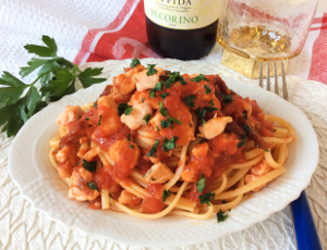 300bis_linguine_with_salmon_and_sundried_tomatoes_recipe