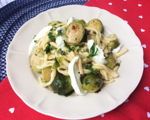 300_bf_3_pasta_bruxelles_sprouts_leeks_cheese_recipe_taste_with_gusto