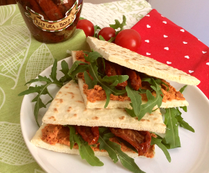 300_piadina_with_sundried_tomatoes_taste_with_gusto_vegan