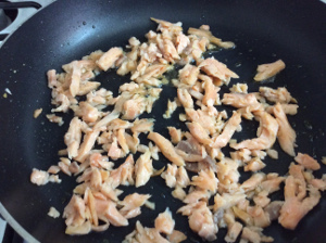penne_pasta_with_salmon_ingredients_taste_with_gusto_salmon_pan