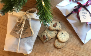 300_1_Savoury_biscuits_with_olives_recipe_taste_with_gusto