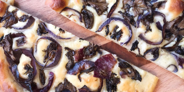 bf_1_Soft_focaccia_with_onions_easy_recipe_without_kneading_taste_with_gusto_recipe_final
