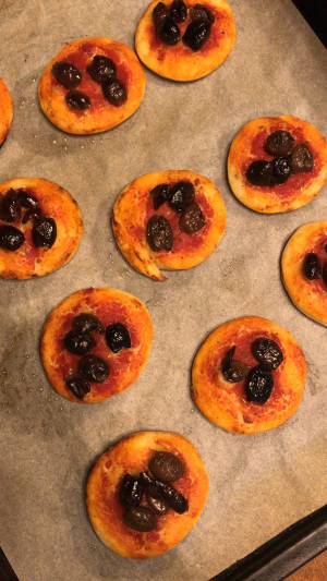 Holiday_pizza_bites_recipe_taste_with_gusto_6
